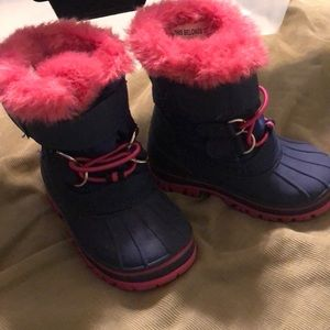 Cat and Jack girl snow boots.